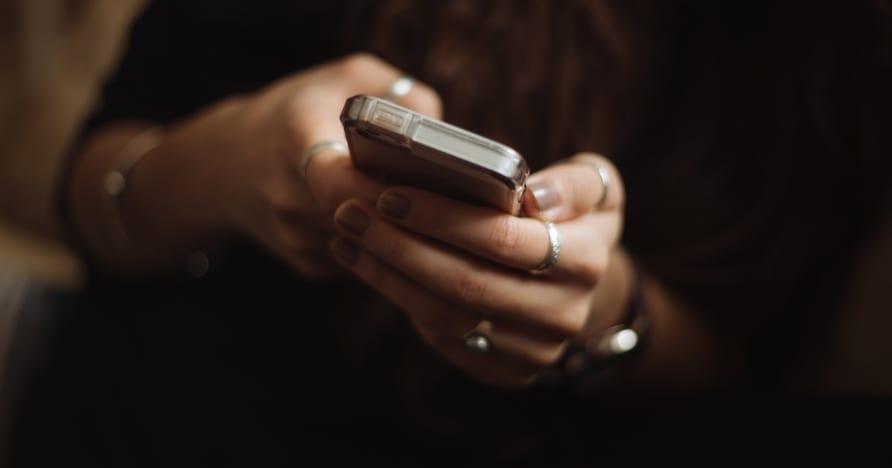 Gründe, um Online Spielothek auf Mobilgeräten zu spielen